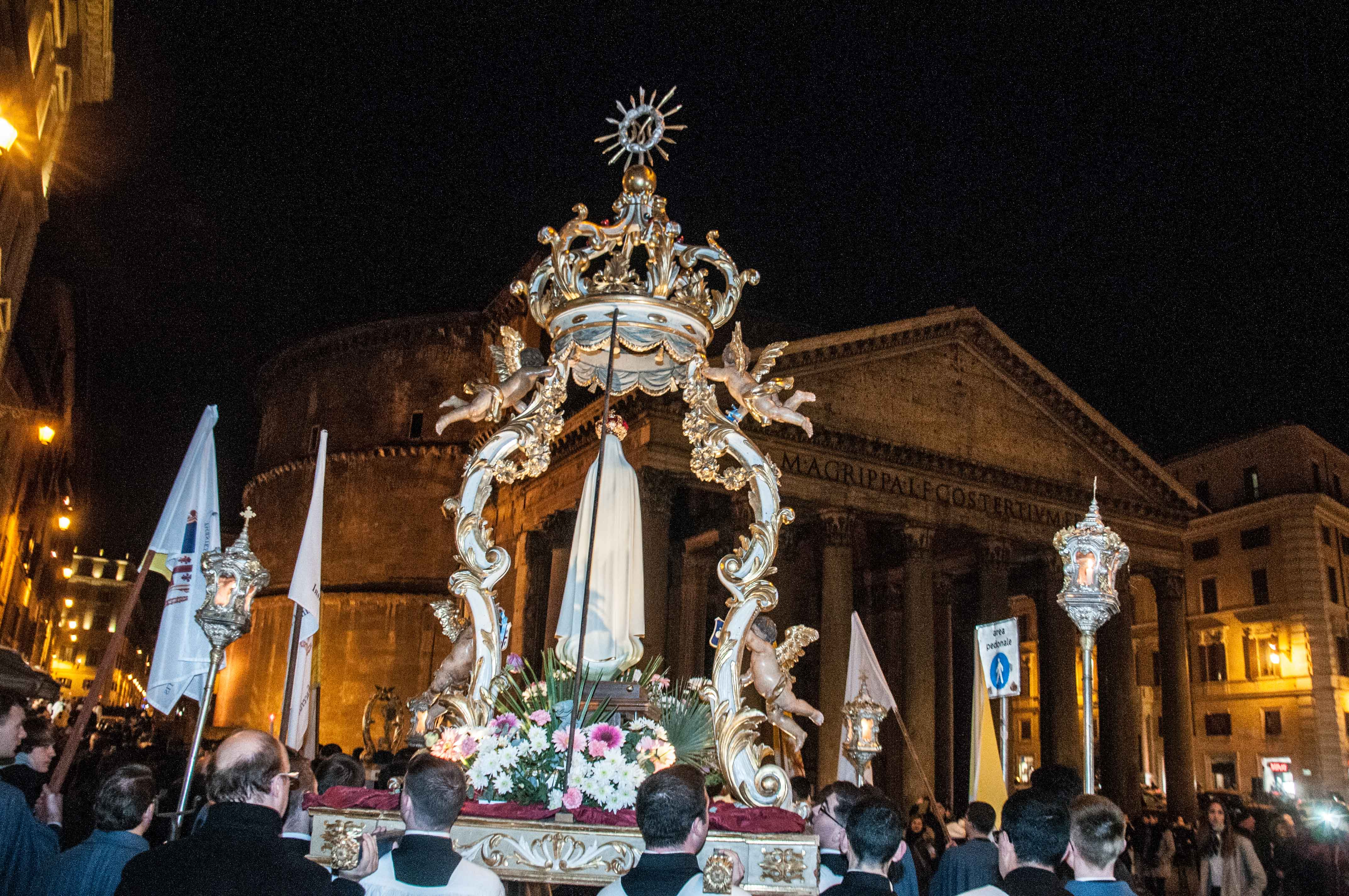 Roma, 8 dicembre 2016 - Processione dell'Immacolata 6