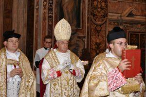 Napoli 21 ottobre 2017 pontificale di mons. Guido Pozzo alla basilica di S. Paolo Maggiore 1